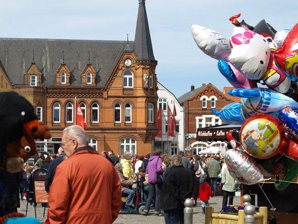 Verkaufsoffener Sonntag in Bredstedt mit Flohmarkt